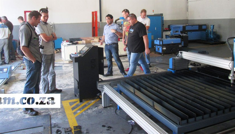 Advanced Machinery MetalWise CNC Plasma Cutter PublicDemonstration